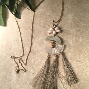 Jewelry - Long gray gold tassel necklace
